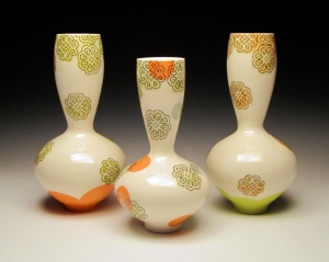 host 3 doily vases 72