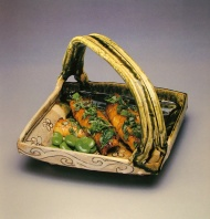 oribe basket with food 17th c.